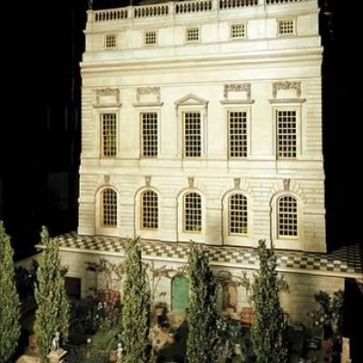 maison de poupée de la reine Mary