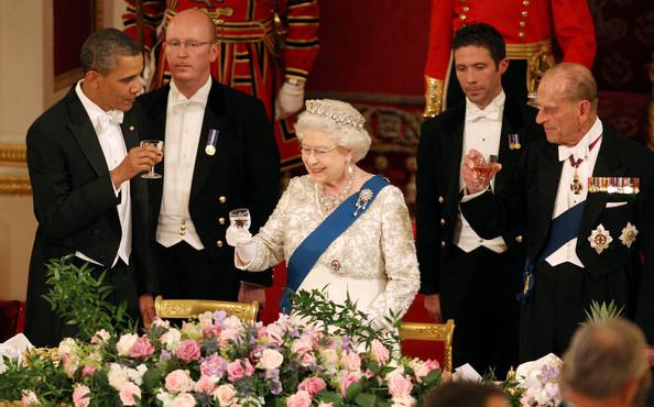 Barack obama queen elizabeth ii president lq7s7txjkrl