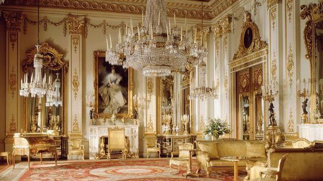 Buckingham palace the white drawing room photographer peter packer d7938bcbc51a3091effe44e7a838bd30