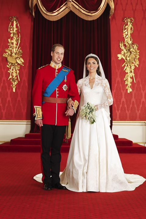 Hbz prince william kate middleton wedding 1 gettyimages 113285848 1524755457