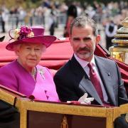 La reine elizabeth ii et le roi felipe vi d espagne