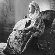 Queen victoria diamond jubilee 1 cropped 1