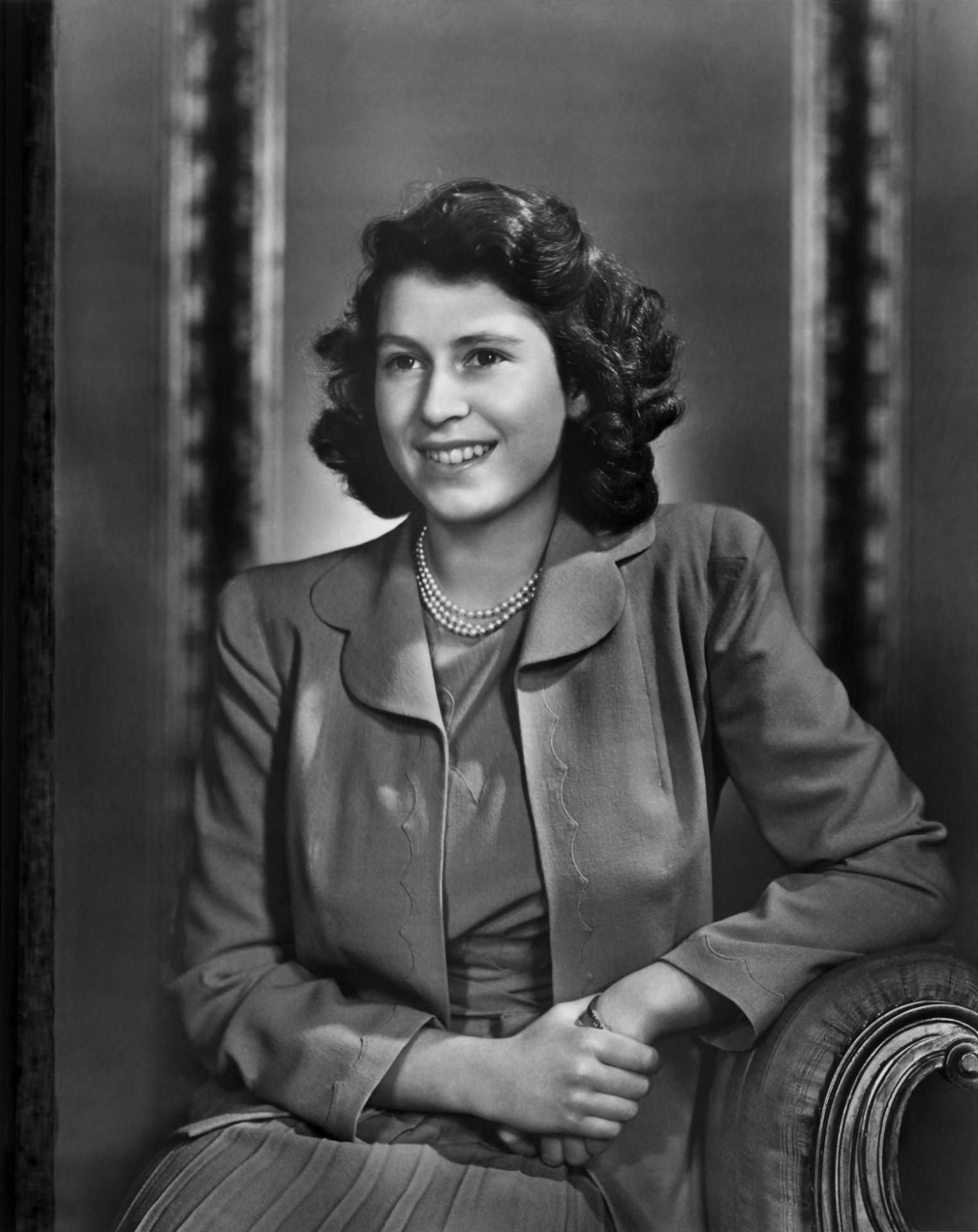 Yousuf karsh princess elizabeth 1943 1557x1960