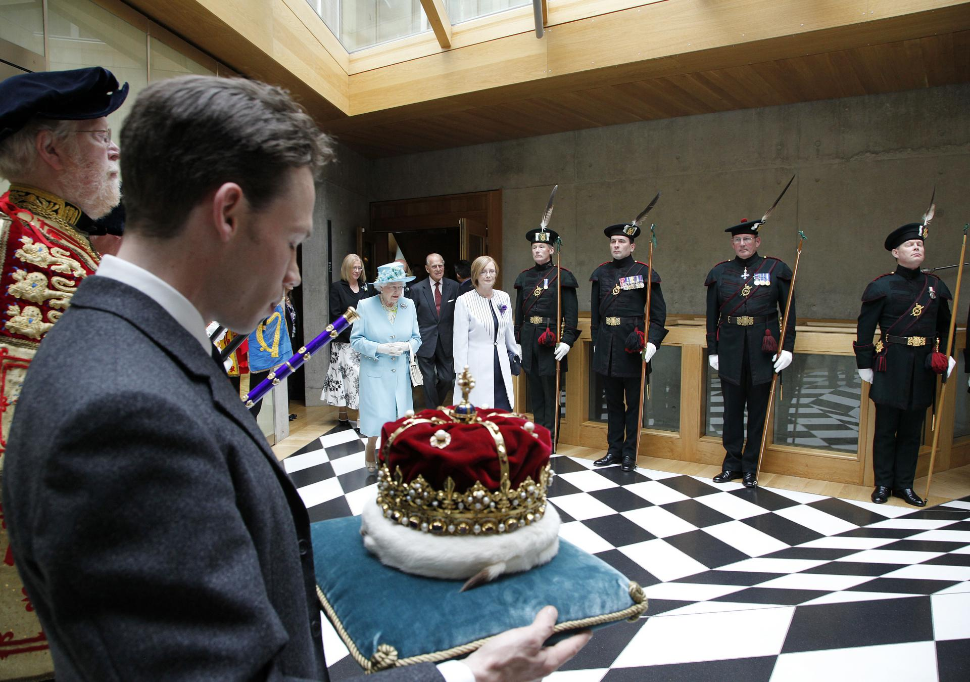The queen at the scottish parliament