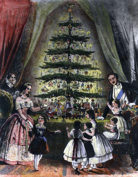 The royal christmas tree is admired by queen victoria news photo 3292335 1545162518
